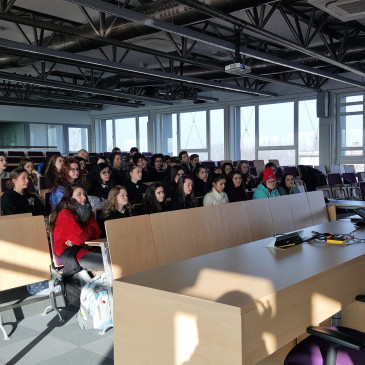 A visit of students from the International School in Dubai